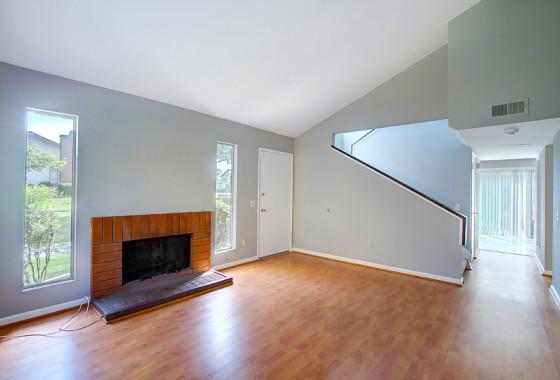 Living room 10521 Caminto Glenellen